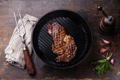 Ribeye在格栅平底锅的牛排entrecote 免版税图库摄影