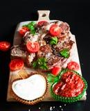 Ribeye牛排,西红柿 免版税库存图片