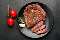 Ribeye-Steakmittelrippe vom rind Stockbild
