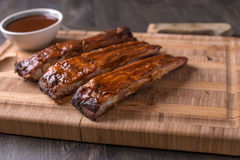 RIbs on a cutting board Royalty Free Stock Photos