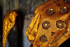 Ricami dell'oro in Angkor Wat Thom Cambodia fotografie stock libere da diritti