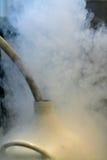 Ricarica dell'azoto liquido Fotografie Stock Libere da Diritti