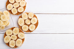 Rice cakes with peanut butter Stock Photography