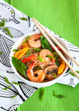 Rice glass noodles with shrimps and vegetables Royalty Free Stock Photos