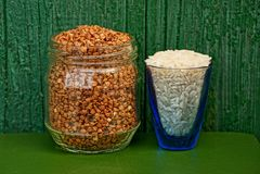 Rice i gryka w słoju i szkle Obraz Royalty Free