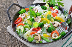 Rice med grönsaker Royaltyfria Foton