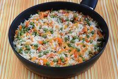 Rice med grönsaker Arkivbild