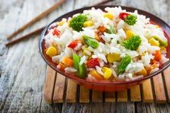 Rice med grönsaker Royaltyfria Bilder