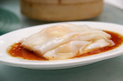 Rice noodle rolls with shrimps Stock Photography