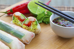 Rice paper rolls. With prawns and dipping sauce Royalty Free Stock Photography