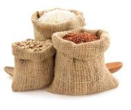 Rice w workowej torbie na bielu Zdjęcia Stock