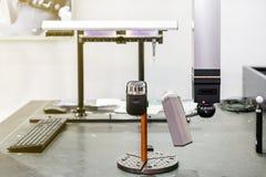 Ricerca automatica a alta tecnologia e moderna del laser 3d per la fabbricazione industriale di reingegnerizzazione o di misurazi fotografia stock