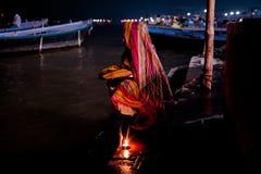 Ricerca delle luci fotografia stock libera da diritti