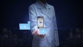 Ricercatore femminile, ingegnere, palma aperta di medico, funzione astuta con i dispositivi mobili, tecnologia dei wi fi della pa illustrazione vettoriale