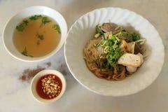 Ricetta asiatica della tagliatella di riso con minestra Fotografia Stock Libera da Diritti