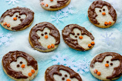 Ricetta creativa di idea di Natale dei biscotti divertenti del pinguino Fotografia Stock Libera da Diritti