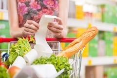 Ricevuta del supermercato Fotografie Stock Libere da Diritti