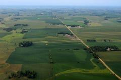 Rich American jordbruksmark från luften arkivbild