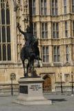 Richard Coeur de Lion staty på slotten av Westminster i London, England, Europa Arkivbilder