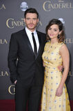 Richard Madden u. Jenna Coleman stockfotos