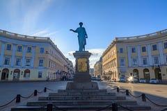 Richelieu Statue公爵在傲德萨 免版税库存照片