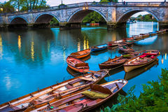 Richmond Bridge, Londres Photos libres de droits