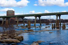 Richmond Virginia Skyline Summer James River arkivbild