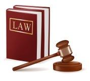 Richterhammer und Gesetzbücher. Stockbilder