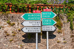 Richtingtekens in centraal Corsica Stock Foto