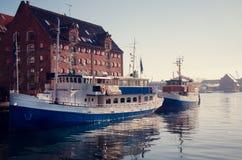 In Richtung zum baltischen meeres- Nyhavn Kopenhagen lizenzfreies stockbild