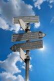 Richtungswegweiser im Berg - italienische Alpen Lizenzfreies Stockfoto