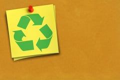 Riciclaggio del simbolo sulla nota fotografie stock libere da diritti