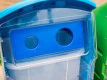 Riciclaggio e bidone della spazzatura Immagini Stock