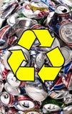 Riciclaggio - l'alluminio beve le latte Immagini Stock Libere da Diritti