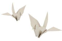 Ricicli gli uccelli di carta isolati su bianco Fotografia Stock
