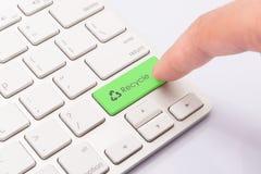 Ricicli il verde del bottone Fotografia Stock