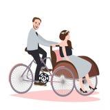 Rickshawen för parritttrehjulingen har tillsammans gyckel för att gifta sig becakmedlet Royaltyfria Bilder