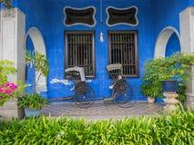 Rickshaws på den blåa herrgården Royaltyfri Fotografi