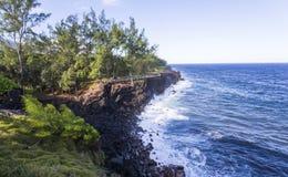 Ricopra la linea costiera mechant, la La Reunion Island, Francia Immagini Stock