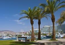 Ricorsi moderni e lagoone marino alla città di Eilat Fotografia Stock Libera da Diritti