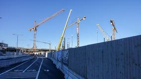 Ricostruzione dell'area della chiusa in svedese: Slussenområdet o Slussen localmente fotografie stock
