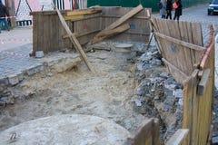 Ricostruzione della strada Fondo stradale esposto fotografie stock