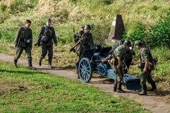 Ricostruzione di una battaglia della guerra mondiale 1941 2 nella regione di Kaluga di Russia Immagine Stock Libera da Diritti
