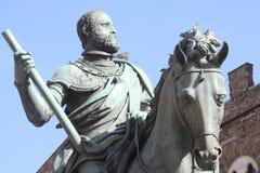 Rid- monument till storslagna Duke Cosimo I Royaltyfri Foto