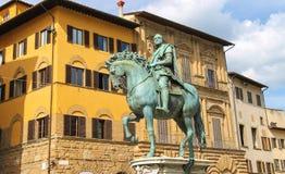 Rid- staty av Cosimo de 'Medici florence italy royaltyfria bilder