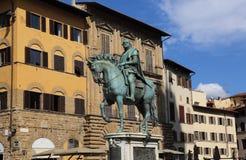 Rid- staty av Cosimo I i Florence, Italien royaltyfria bilder
