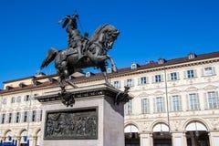 Rid- staty av Emanuele Filiberto i Turin, Italien Royaltyfri Bild