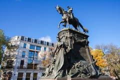 Rid- staty av general Louis Faidherbe på fyrkantiga Richebe I Royaltyfria Bilder