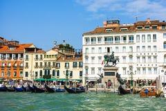 Rid- staty av Victor Emmanuel II, Venedig, Italien Royaltyfria Bilder