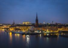 Riddarholmen在晚上,斯德哥尔摩,瑞典。 库存图片
